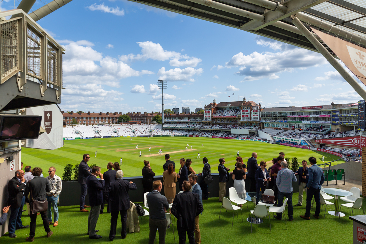 Network Oval Business Club event